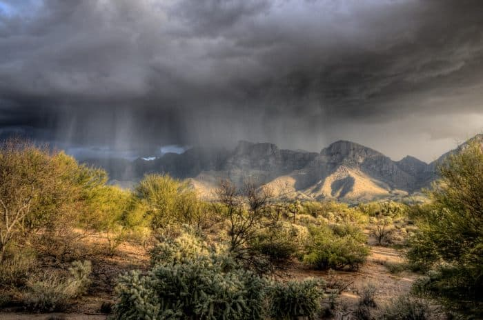 rain starting in oro valley