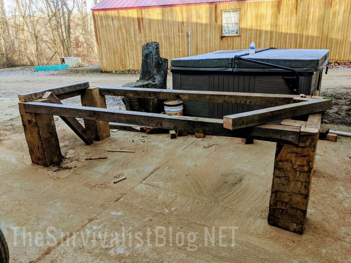 DIY farmhouse table out of reclaimed wood